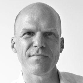 Dr. Stefan Elsässer